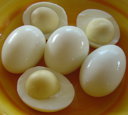 how to make hard boiled eggs on gas stove